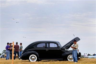Th Annual DevereauxKaiser Antique Car Show At Lakewood Ranch - Lakewood ranch car show today