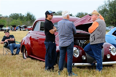 Th Annual DevereauxKaiser Antique Car Show At Lakewood Ranch - Lakewood ranch classic car show